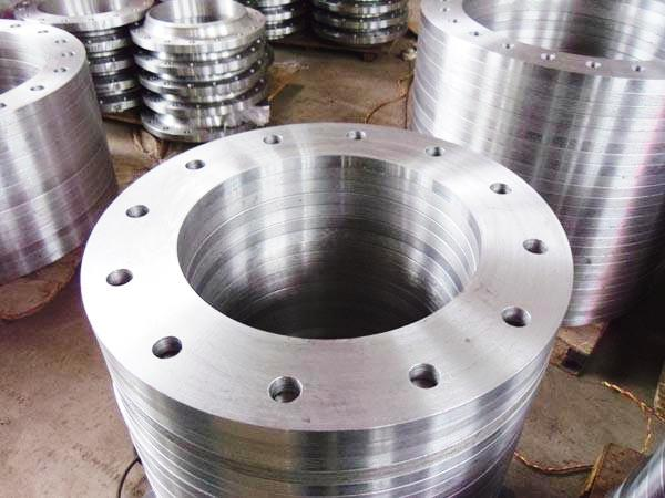 Stainless Steel Flanges Manufacturer, Exporter and Supplier in Bhiwandi - SS304, SS304L, SS316, SS316L, SS321, Duplex, SS347